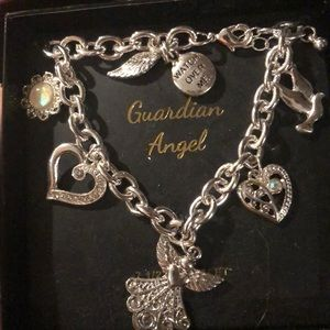 Jewelry - Great gift